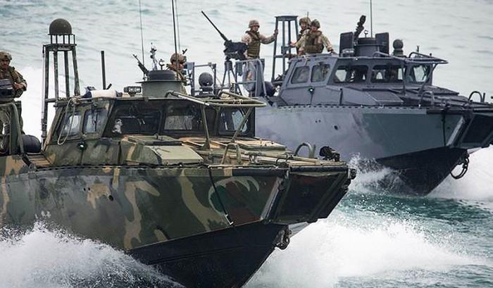 Iran Regime Deserves No Leeway after Holding Sailors