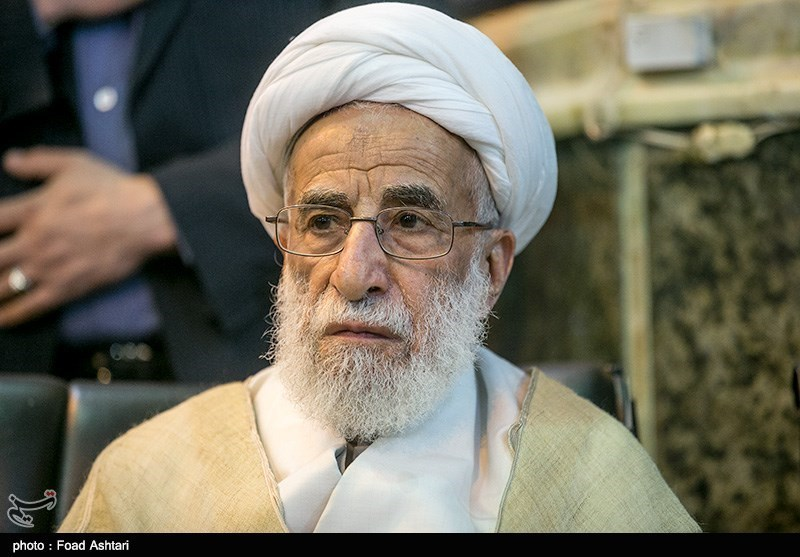 The Echo Chamber of Iran Rings with Hardliners