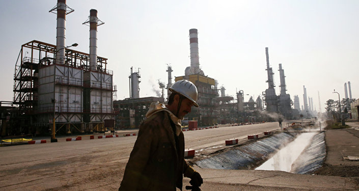 Iran Regime Inks Oil Deal Benefiting Khamenei