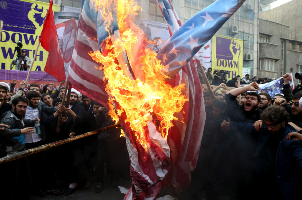 Iran Lobby Myth of War Finds Little Traction